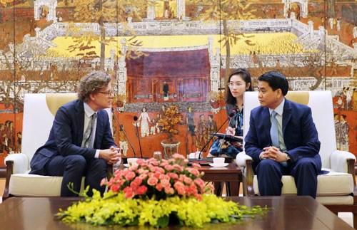 Major Swedish businesses to visit Hanoi in May hinh anh 1
