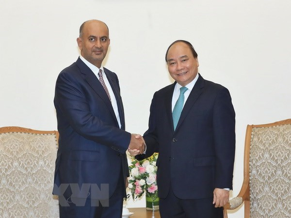 Prime Minister hosts Oman Minister of Commerce and Trade hinh anh 1