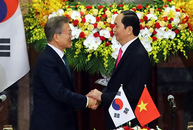 Korea Times highlights RoK President's visit to Vietnam hinh anh 1