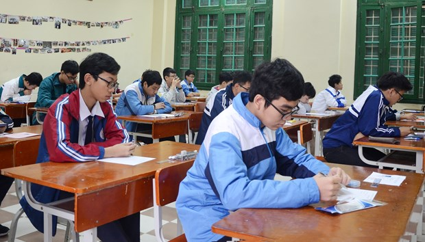 About 500 students join Hanoi mathematics contest hinh anh 1