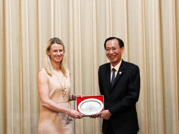 Ho Chi Minh City leader receives US Senate Staff Assistants hinh anh 1