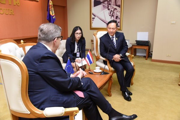 EU lauds Thailand's foreign labour registration efforts hinh anh 1