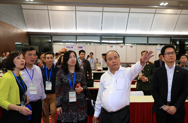 PM Nguyen Xuan Phuc chairs rehearsal for GMS-6, CLV-10 hinh anh 1