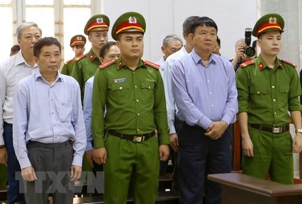 Former PetroVietnam chairman sentenced 18 years in jail hinh anh 1