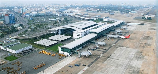 Tan Son Nhat airport gets PM's permission to expand south hinh anh 1