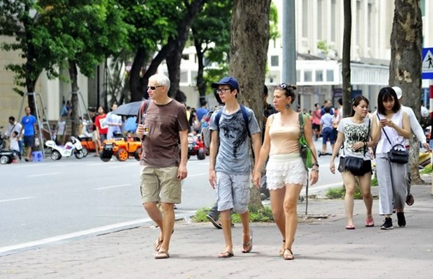 Tourism see strong start in Q1, grows 30 percent hinh anh 1