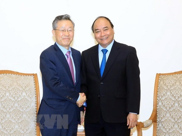 Prime Minister receives RoK's former Minister of Policy Coordination hinh anh 1