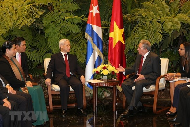 Vietnam, Cuba issue joint statement hinh anh 1