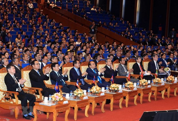 GMS leaders vow greater cooperation hinh anh 1