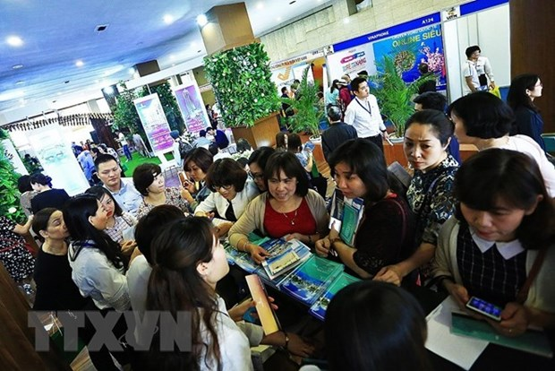 VITM Hanoi 2018 attracts 60,000 visitors hinh anh 1