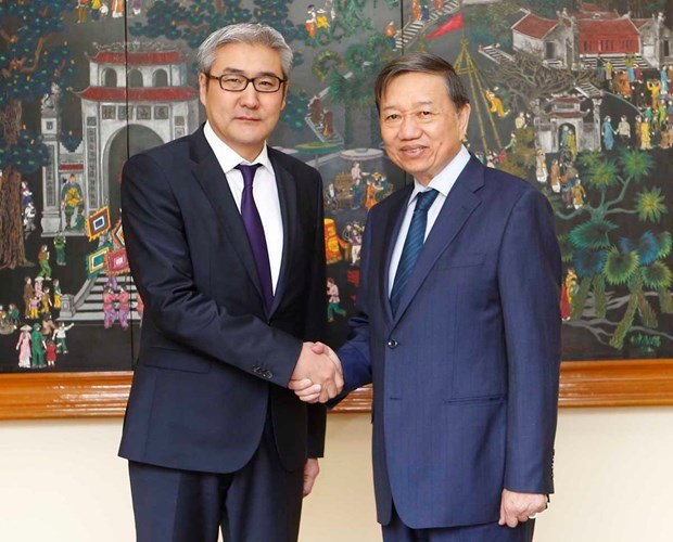 Vietnam, Mongolia cooperate in crime combat hinh anh 1