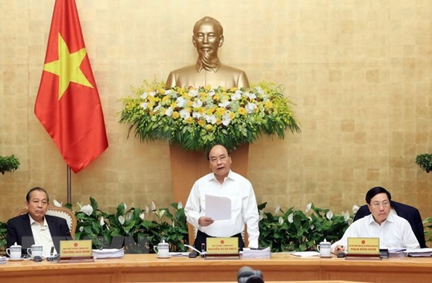 Prime Minister sets growth target of 6.7 percent for 2018 hinh anh 1