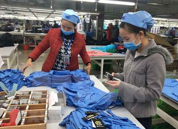 Survey shows positive outlook for manufacturing industry in Q2 hinh anh 1