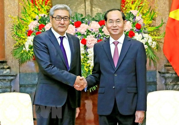 President Tran Dai Quang hails consolidated friendship with Mongolia hinh anh 1