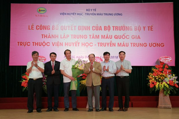 National blood centre set up to ensure supplies for patients hinh anh 1