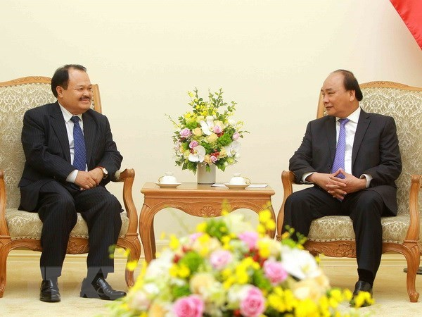 Vietnam, Laos forge stronger cooperation in power, mining hinh anh 1