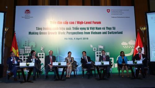 Forum spotlights Vietnam–Switzerland cooperation for green growth hinh anh 1