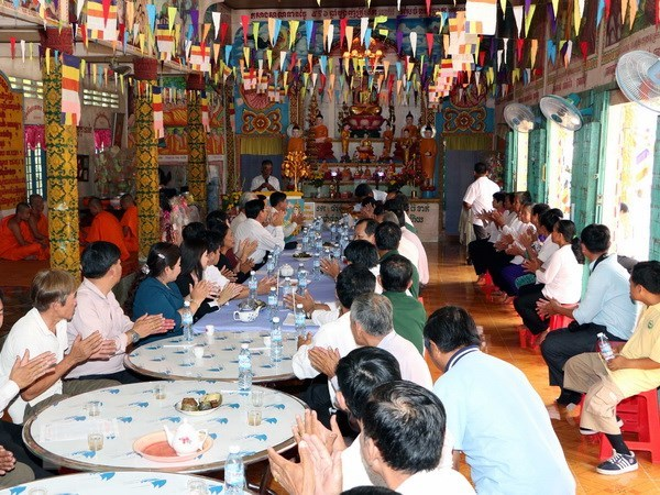 VFF leader extends Chol Chnam Thmay greetings to Khmer people hinh anh 1