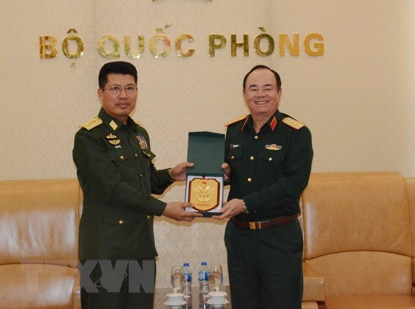 Vietnam, Myanmar foster defence cooperation hinh anh 1