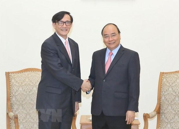 PM Nguyen Xuan Phuc receives outgoing Thai Ambassador hinh anh 1