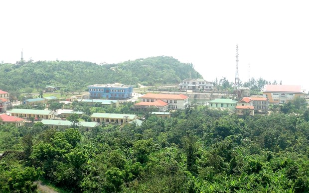 Con Co island district wakes up tourism potential hinh anh 1