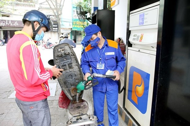 Fuel prices rise from April 7 hinh anh 1