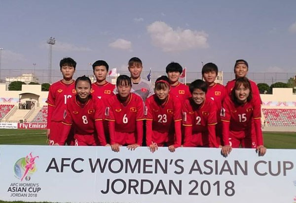 Vietnam loses 0-4 to Japan at AFC Women's Asian Cup hinh anh 1