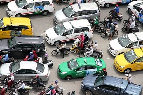Grab's acquisition of Uber opens door for Vietnamese firms hinh anh 1