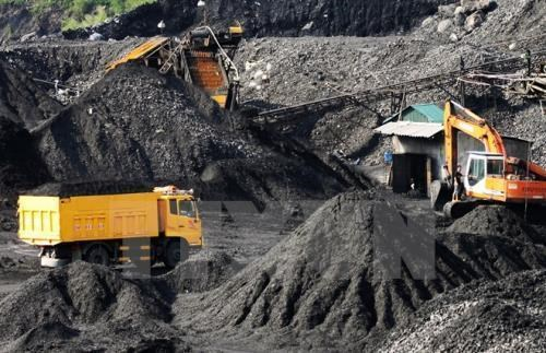 Vinacomin aims to produce 9.45 million tonnes of raw coal in Q2 hinh anh 1