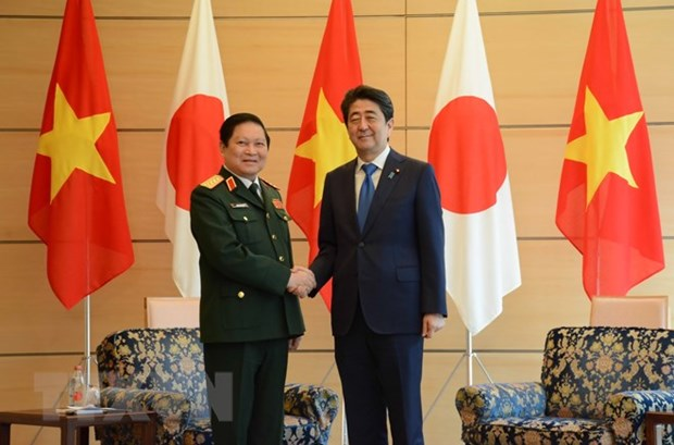 Japan treasures ties with Vietnam: Prime Minister Abe hinh anh 1