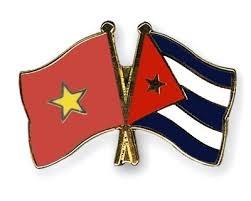 Vietnam-Cuba friendship exchange opens in Hanoi hinh anh 1