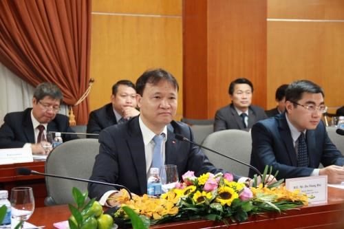 Meeting eyes breakthroughs in Vietnam-Czech cooperation hinh anh 1