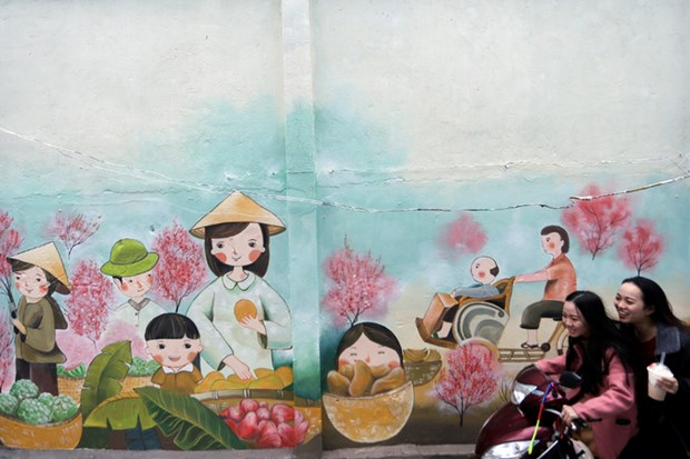 Mural paintings stir quiet valley in Da Nang hinh anh 1
