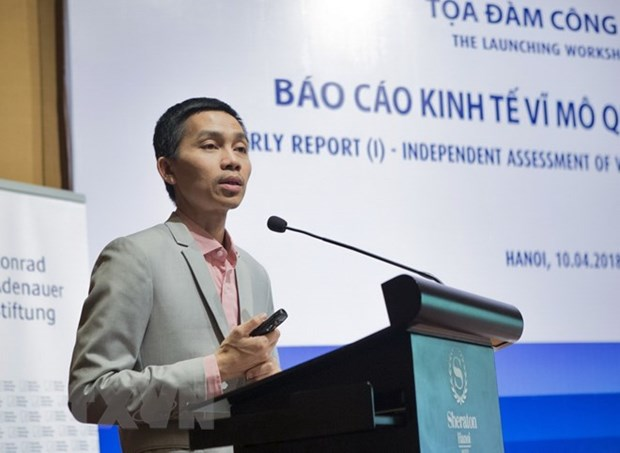 Report reveals problems of Vietnam's economy despite Q1 strong growth hinh anh 1
