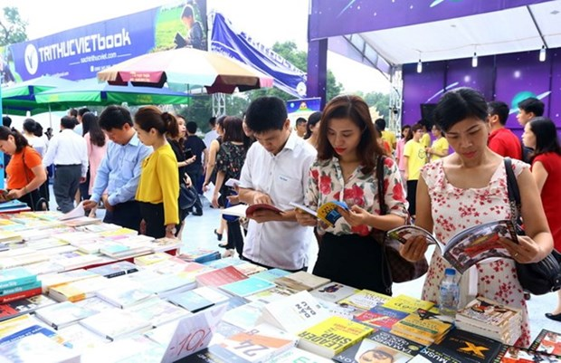 Fifth Vietnam Book Day to display 50,000 titles hinh anh 1