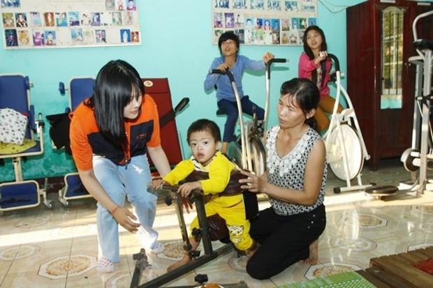 Seminar talks education for disabled children hinh anh 1