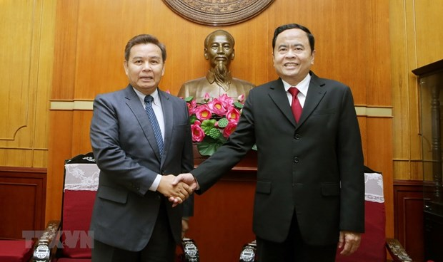 Vietnamese, Lao fronts discuss enhanced ties hinh anh 1