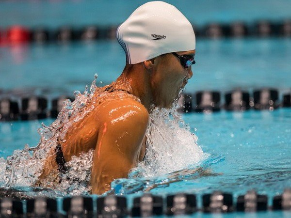 Vietnamese star wins gold in Pro Swim Series hinh anh 1