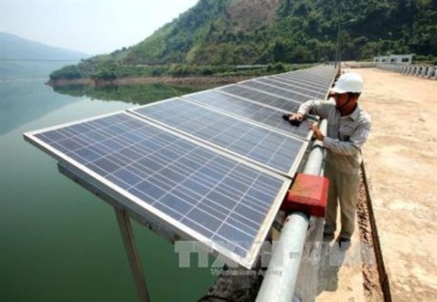 Dak Lak allows 18 investors to build solar power projects hinh anh 1