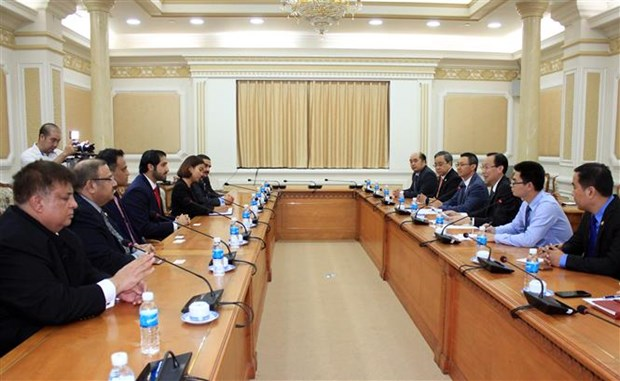 Bahrain to open trade promotion office in Hanoi, HCM City hinh anh 1