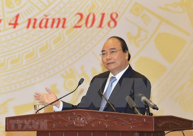 PM Nguyen Xuan Phuc: High logistic costs place burden on businesses hinh anh 1