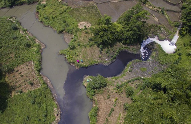Indonesian Government determined to clean Citarum River hinh anh 1