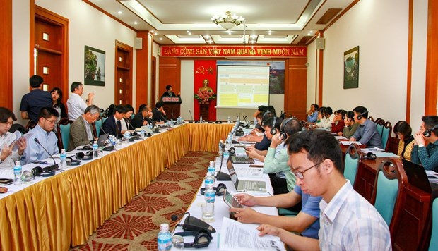Quang Ninh works to promote green growth in Ha Long Bay hinh anh 1