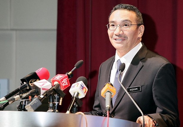Malaysia calls for stronger cooperation to fight global threats hinh anh 1