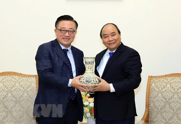 Samsung helps turn VN into world leading cellphone manufacturer: PM hinh anh 1
