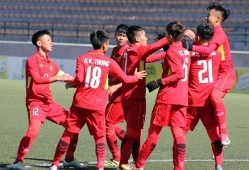 Vietnam tie Morocco 1-1 at Suwon JS Cup U-19 tournament hinh anh 1