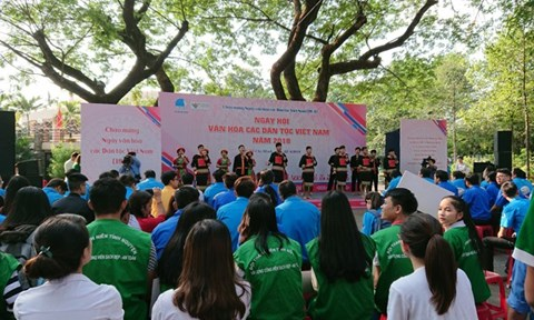 Culture Festival of Vietnamese Ethnic Groups held in HCM City hinh anh 1