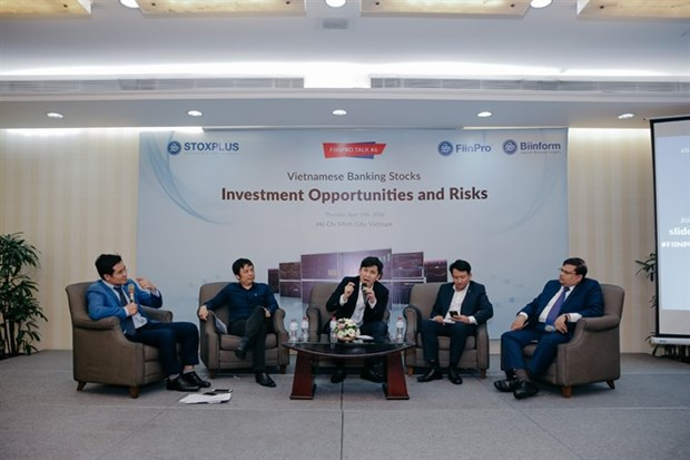 Experts: Banking sector to enjoy another strong year hinh anh 1