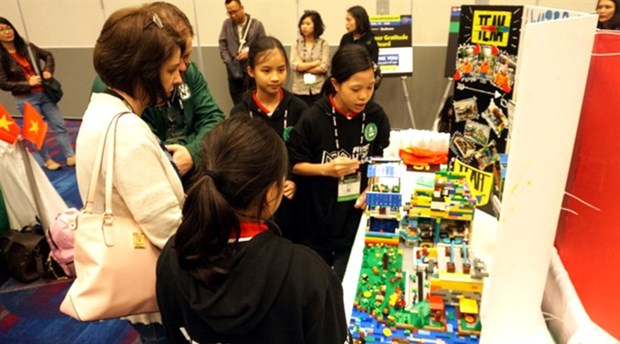 Vietnamese student teams win big at US lego event hinh anh 1