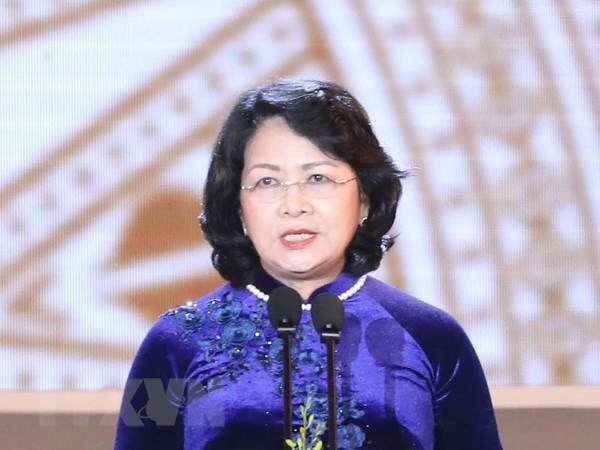 Vice President flies to Australia for Global Summit of Women hinh anh 1